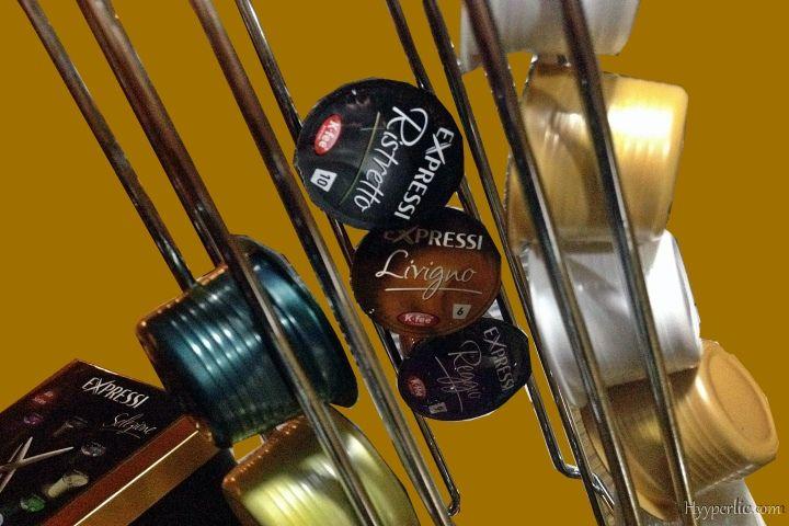 9 verschiedene Kapseln werden für die EXPRESSI Kapsel-Kaffeemaschine von ALDI Süd