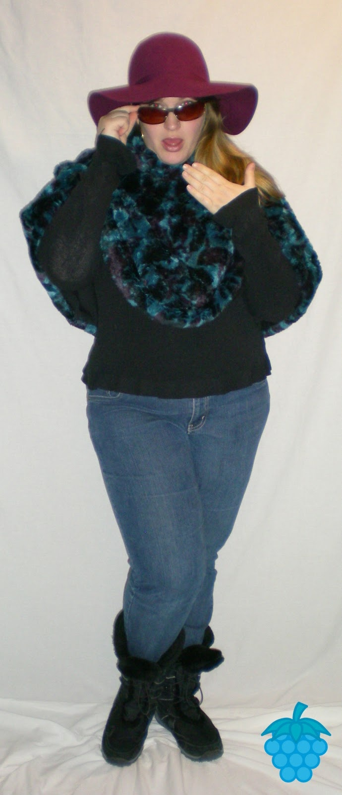 Framboize Turquoize: Prune, Sarcelle et Fausse Fourrure / Prune, Teal and Faux-Fur