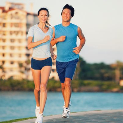 Is running in the morning better than running in the afternoon? We weigh up the pros and cons