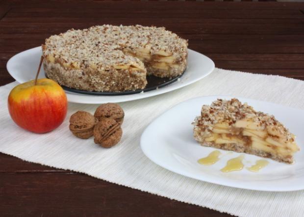 Jablkový koláč bez múky, cukru a pečenia, Zdravé recepty, Nepečené zákusky, recept | Naničmama.sk