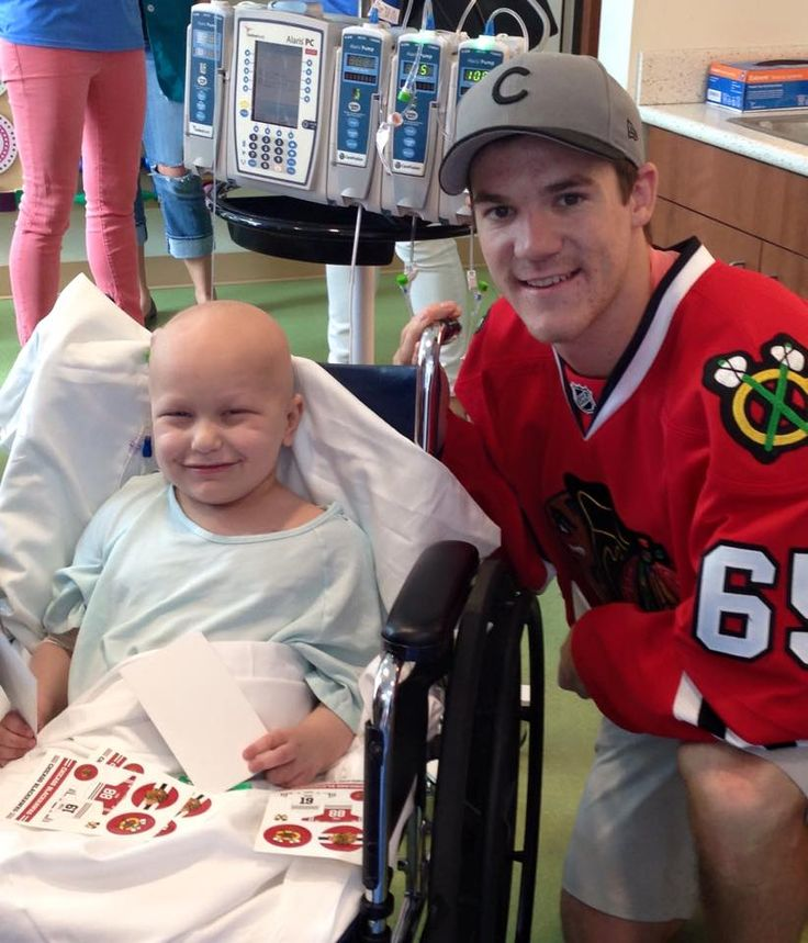 Riley got to meet Andrew Shaw! #Blackhawks