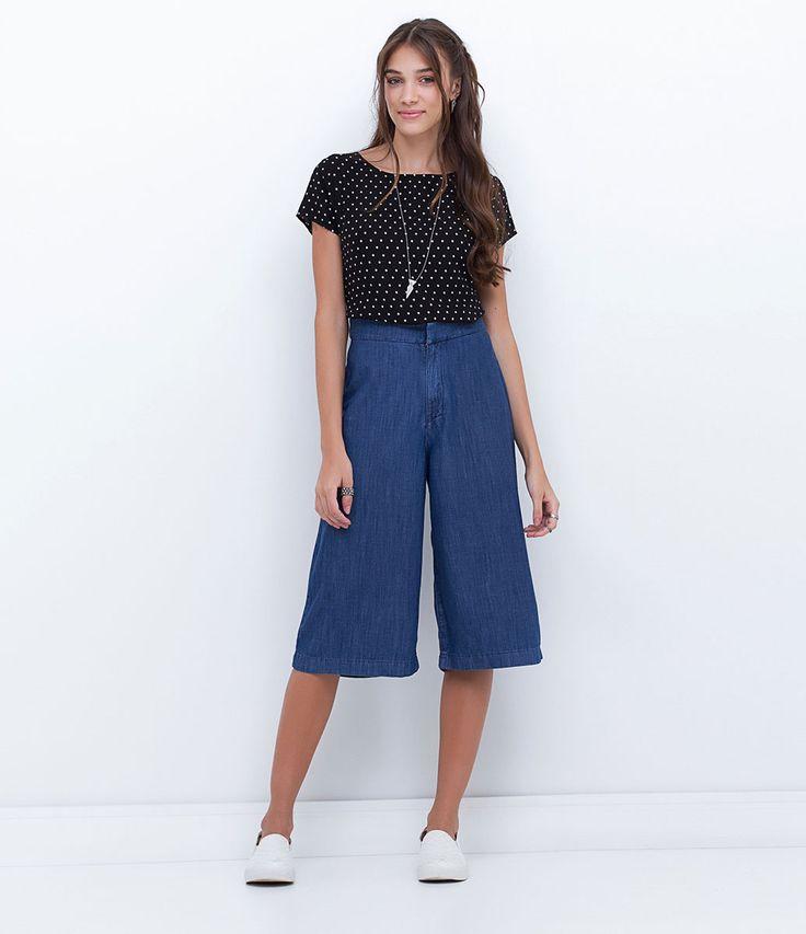 Calça feminina Pantacourt Cós alfaiataria Marca: Blue Steel Tecido: jeans Composição: 100% algodão Modelo veste tamanho: 36 COLEÇÃO INVERNO 2016 Veja outras opções de calças femininas.