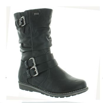 Shop for women's, men's and children's shoes at Becker Shoes online.