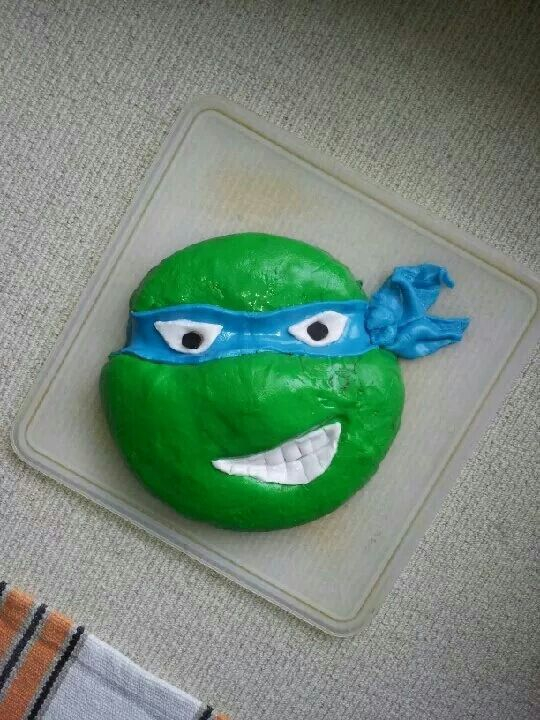 1. Oscar's 6th - ninja turtle cake