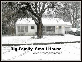 400 Things: 33 Ways to Survive in a Tiny House
