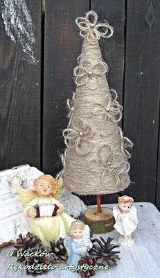 Rustykalna choinka ze sznurka