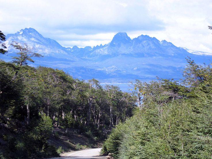 http://www.argentour.com/images/parque_nacional_tierra_del_fuego.jpg