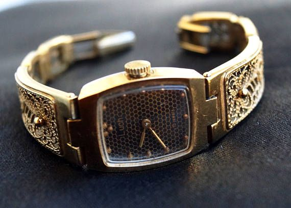 Vintage womens wrist watch Luch  ladies' square watch