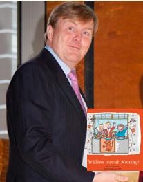 """Kroonprins Willem-Alexander trots op het boek """"Willem wordt Koning!"""""""