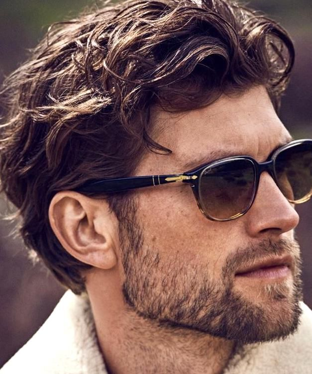 5 Envy Inducing Hairstyles For Men With Wavy Hair Hair Hairstyle Face Chin Eyewear Glasses Facia In 2020 Wavy Hair Men Wavy Hairstyles Medium Long Wavy Haircuts