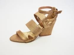 Calçados Femininos, Masculino e Acessórios .:: Chic Calçados - Cause Impacto ::. - Sandália Lança Perfume Dourada