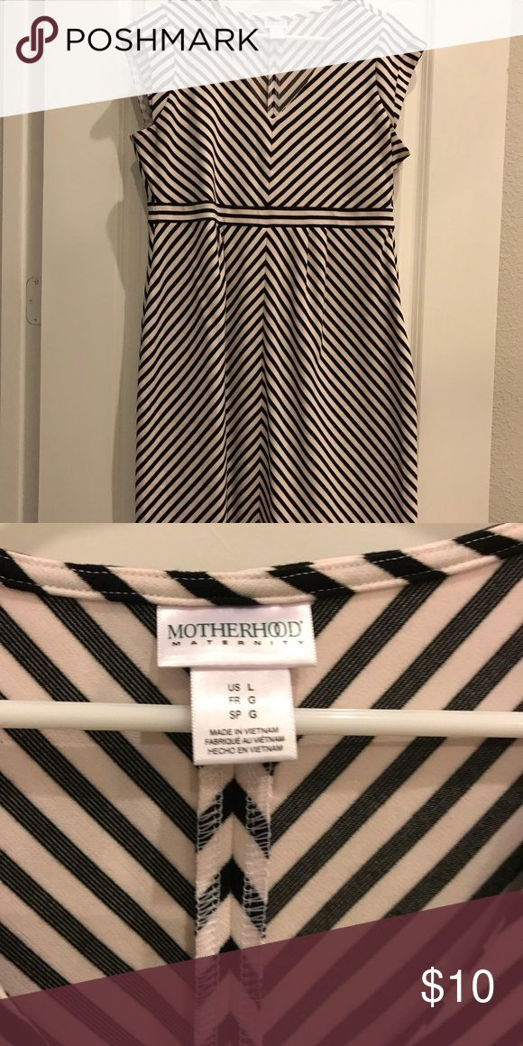 Maternity dress Black and white striped maternity dress Motherhood Maternity Dresses