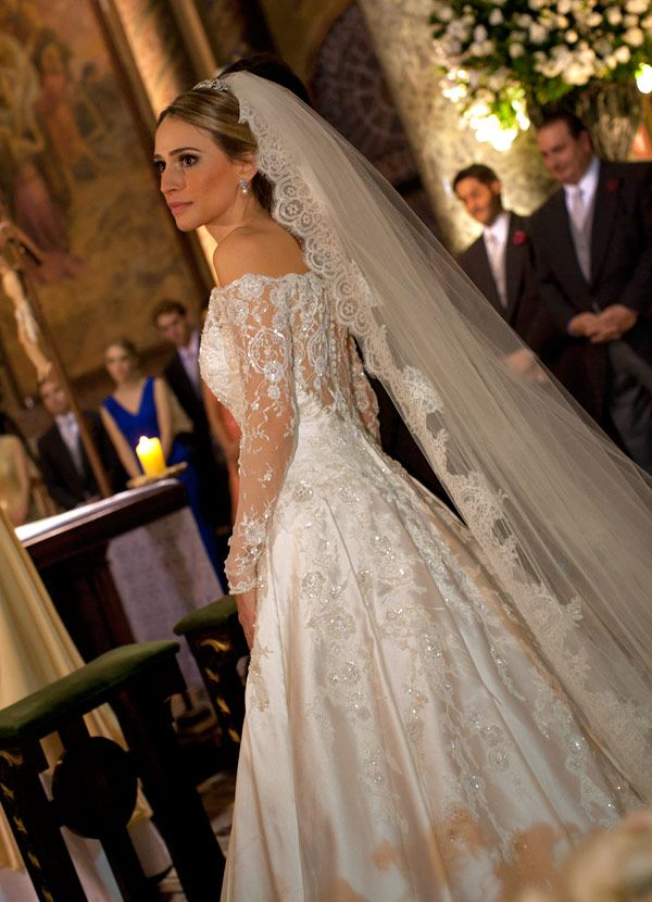 casamento-bruna-pacifico-vestido-de-noiva-jr-santaella-01
