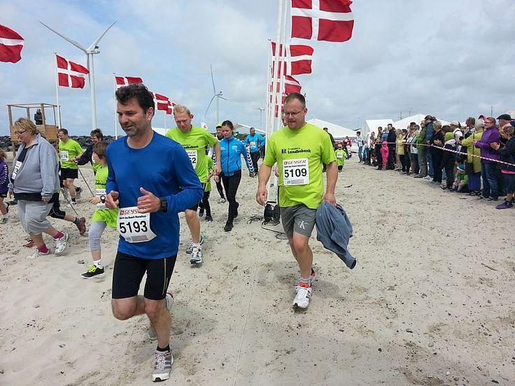 De to klubber Ringkøbing Atletik & Motion og Hvide Sande KFUM er indgået et samarbejde med Holmsland Klit Turistforening af North Sea Beach Marathon.......