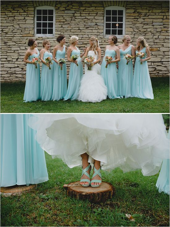light blue bridesmaids and cute wedding shoes | flowers by Alesa De Jager | wedding coordinator Jill Drazkowski | photos by Ray + Kelly