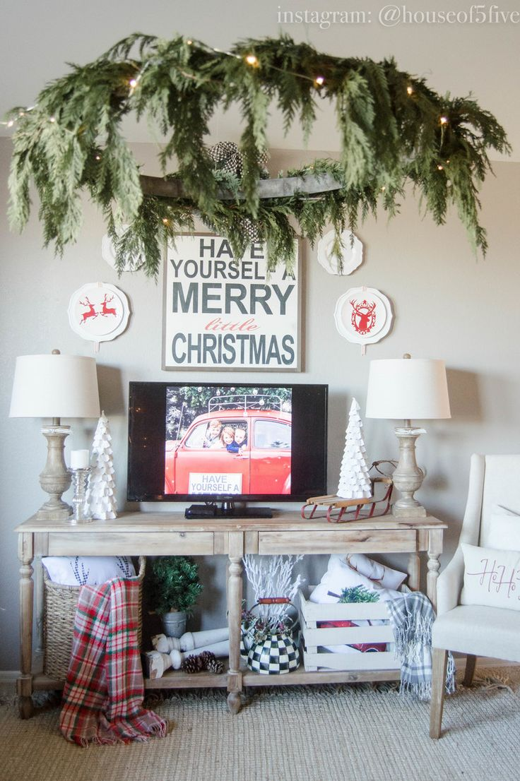 Holiday Decor Inspiration with House of Five