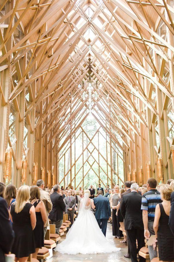 自然光が美しい教会も素敵♡教会での結婚式おしゃれまとめ♡ウェディング・ブライダルの参考に♡