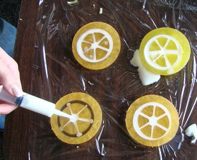 Citrus soap tutorial by Soap Queen #soapinspiration