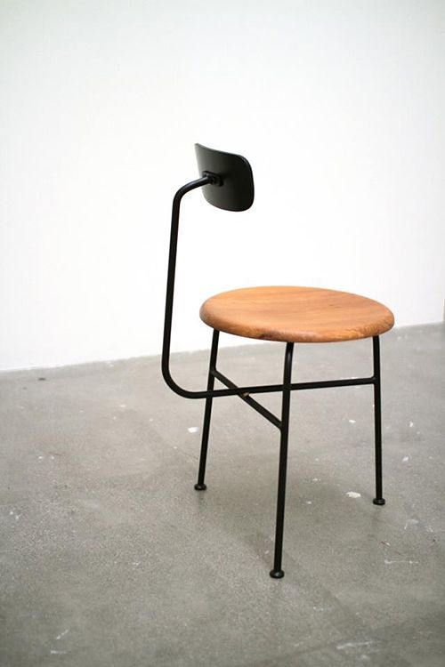 super simple stool chair