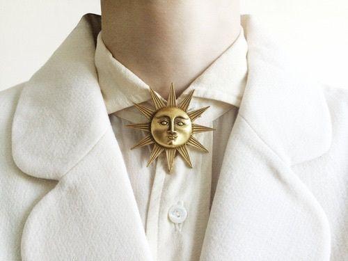 The Grisha sun summoner aesthetic