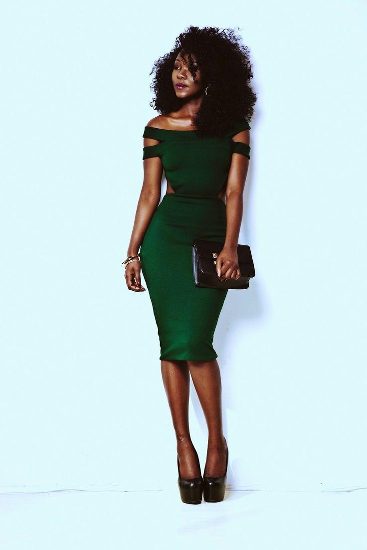 17 best ideas about Sexy Green Dress on Pinterest   Elegant prom ...
