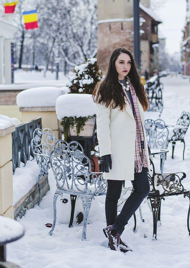 Winter White.  #oasap #boyfriendcoat #winterfashion