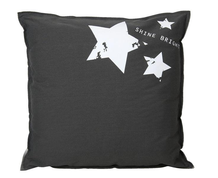 Woonkussen Binck: stoer woonkussen met sterren. Lekker groot (70x70 cm) en verkrijgbaar in meerdere kleuren