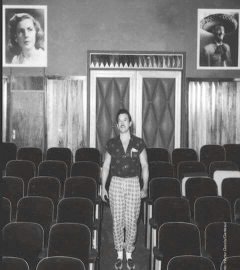 53 best fotos in ditas images on pinterest pedro infante - Sala de cine en casa ...