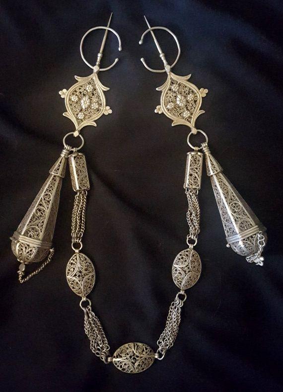 Marocco - rara coppia di fibule - TIZERZAI filigrana d