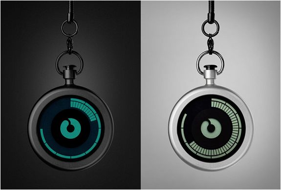 ZIIIRO POCKET WATCH - Modern take on the classic pocket watch
