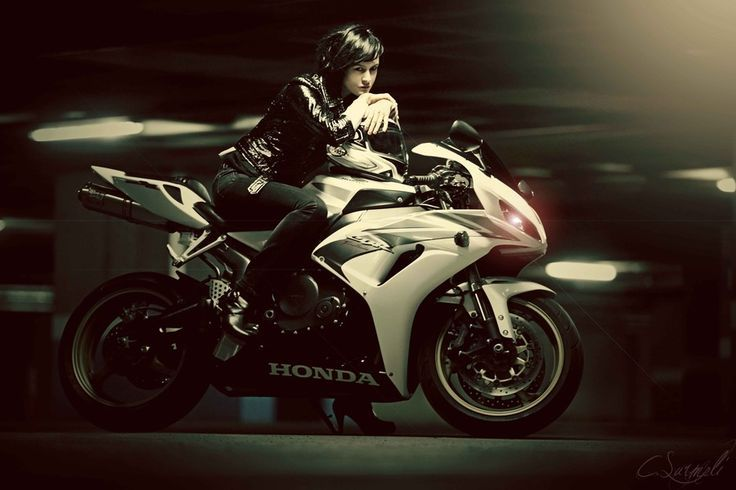 motorcycle honda woman - Google-haku