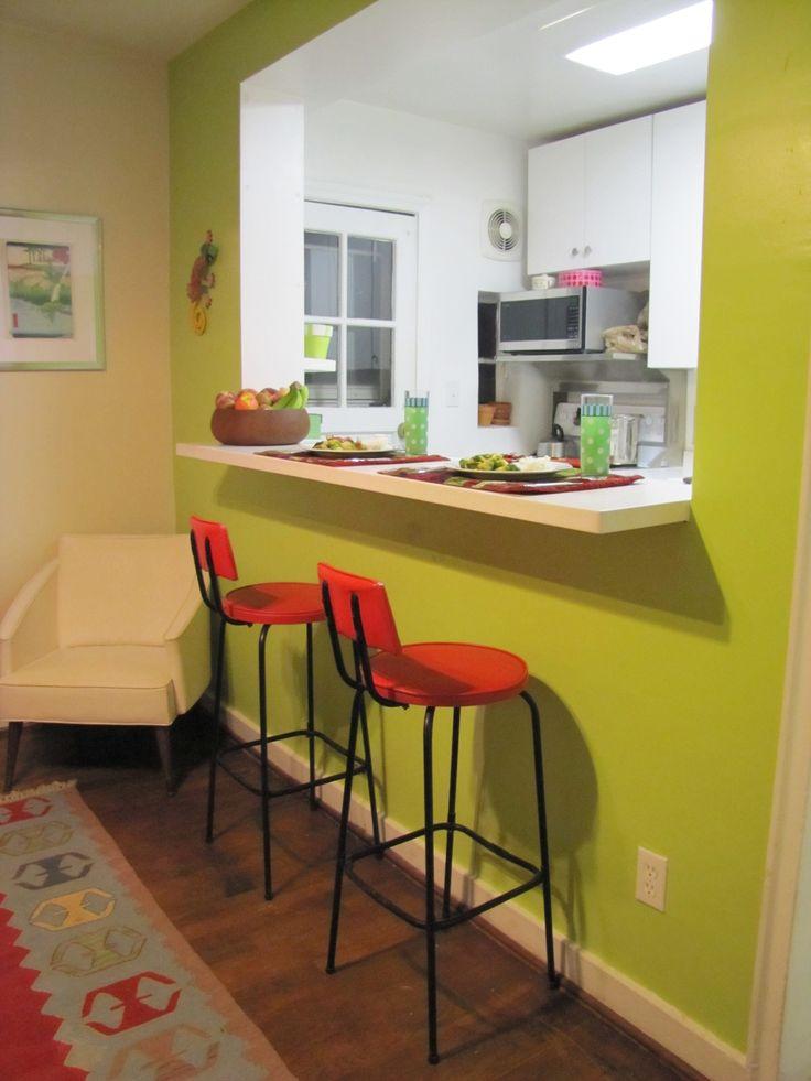 https://i.pinimg.com/736x/c5/d0/64/c5d0647bb9748f96eebf3c166a22eb46--bar-kitchen-kitchen-walls.jpg