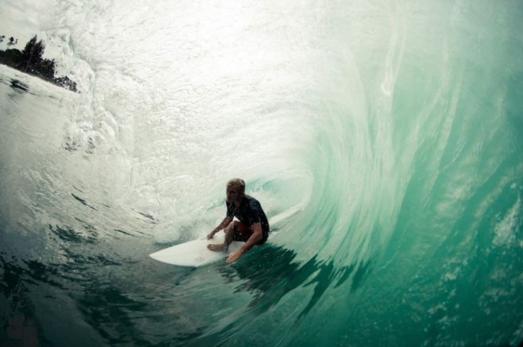 Pro Surfer Charly Martin surfing tubes