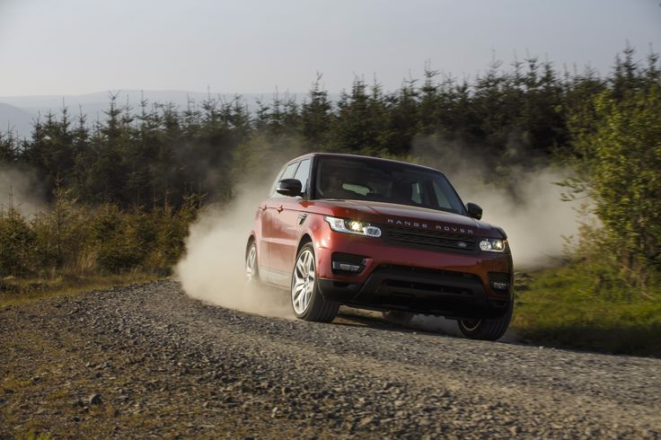 In this week's #MondayMusing the Sytner Stig puts the Range Rover Sport head-to-head with the Porsche Cayenne! Click to Read the Story!