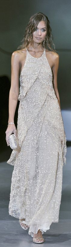 ღღ Giorgio Armani... Love the effortlessness of this dress