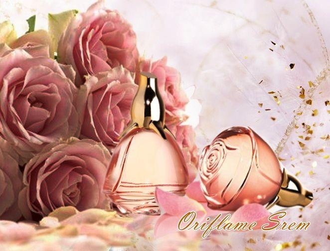 30025-Volare parfemska voda Uživajte u izuzetnom mirisu sveže ubranih ruža uz Volare parfemsku vodu i esenciju romanse.Orginalni Volare miris sa obogaćenom formulom u fenomenalnoj novoj bočici!