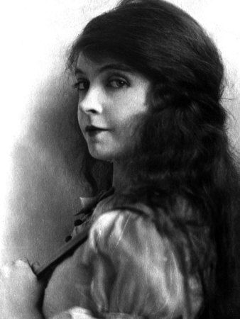 Lillian Gish, Early 1920s Premium Poster