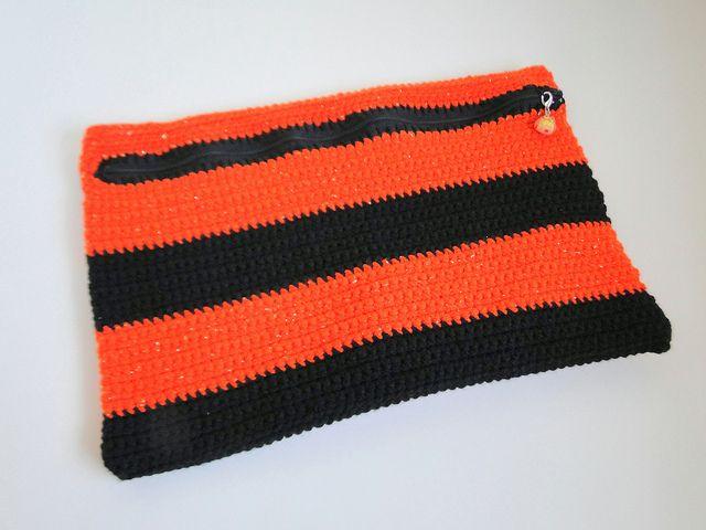 Free Crochet Pattern Purse Organizer : Cross Stitch Organizer bag Free Crochet Patterns Pinterest