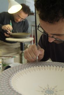 Handmade decorative pottery - Artist Francesco Fasano at work - This is in Grottaglie, 20 minutes from my house in Italy= city of ceramics...wonderful stuff!