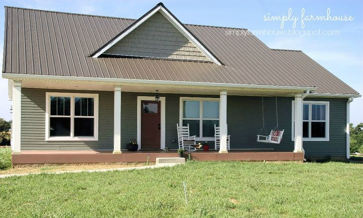 Small simple house plan, 1500 square foot house plan, Small farmhouse house plan.    http://simplyfarmhouse.blogspot.com/search/label/Our%20House%20Plan