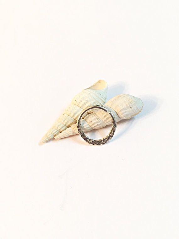 Ring Silber Septen gehämmert Septum-Schmuck von MySecretFlowerBox