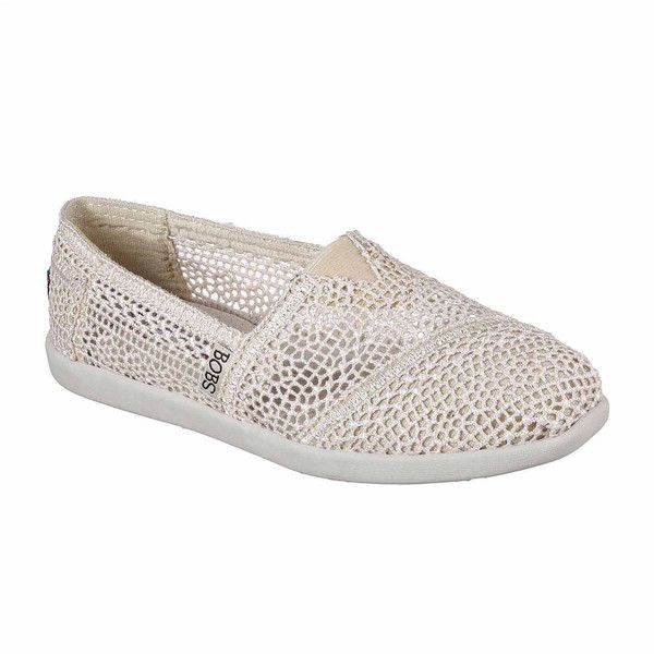 Skechers Bobs Daisy & Dot Womens Sneakers ($40) ❤ liked on Polyvore featuring shoes, sneakers, skechers shoes, skechers sneakers, skechers footwear, skechers trainers and polka dot sneakers