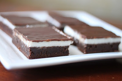 Black and White BrownieWhite Brownies, Couples Month, Kitchens Black, Sweets Treats, Black And White, Black White, Bar Cookies, Brownies Layered, Bounty Kitchens