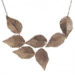 Elegant autumn leaves necklace