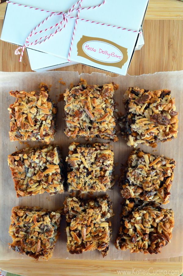 Homemade Hello Dolly Bars! A great handmade Christmas gift for friends ...
