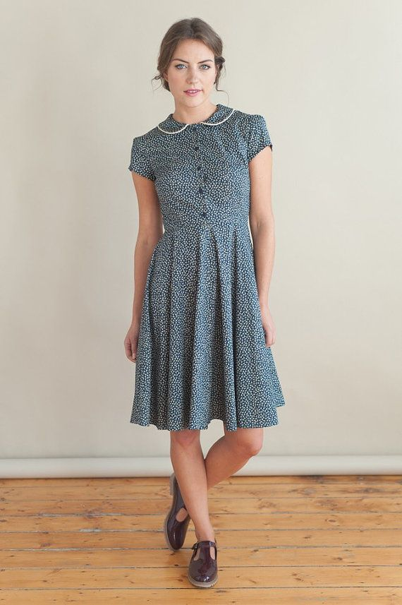 Navy floral dress with peter pan collar by PLUMANDPIGEON on Etsy