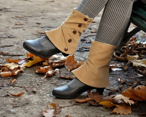 I want to make the spats, own the tights, and wear them with those shoes!