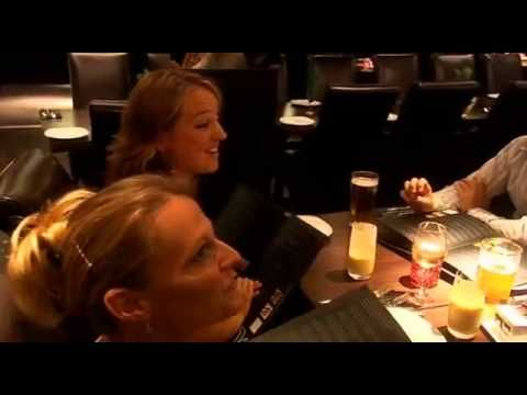 48:24 GORDON RAMSAY Kitchen Nightmares UK CURRY LOUNGE Full Episode      de ANGbelgium1     il y a 5 mois     19 387 vues  GORDON RAMSAY Kitchen Nightmares UK CURRY LOUNGE Full Episode.