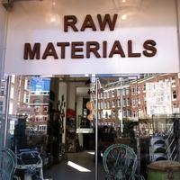Das Foto wurde bei Raw Materials - The home store von Pete F. am 9/19/2012 aufgenommen