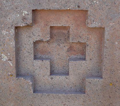 puma punku | The square cross symbol from Puma Punku, Tiwanaku.